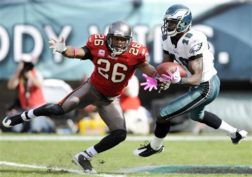 Buccaneers Eagles Football