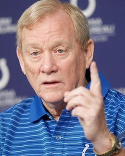 Bill Polian is bullish on Bucs starting QB Josh McCown.