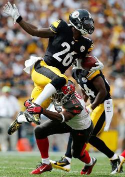 A sweet open field tackle by Bucs CB Alterraun Verner was one reason the Bucs held Le'Veon Bell to a scant 63 yards. Photo courtesy of Buccaneers.com.