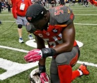 Lavonte David told his painful story