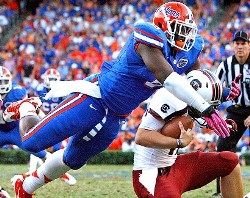 Florida DE Dante Fowler, a hometown guy, isn't worked up about a chance to play for the Bucs.