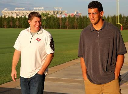 Bucs general manager Jason LIcht with quarterback prospect Marcus Mariota at One Buc Palace this morning. Photos courtesy of Buccaneers.com.