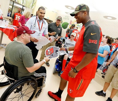Jameis Winston and Buccaneers rookies paid a visit to a veteran's hospital yesterday. (Photo courtesy of Tampa Bay Buccaneers.)