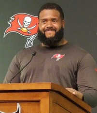 Bucs LT talks about Jameis having his back.