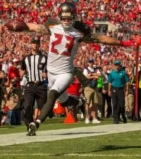 Chris Conte scores on his pick-six. (Photo courtesy of Buccaneers.com.)